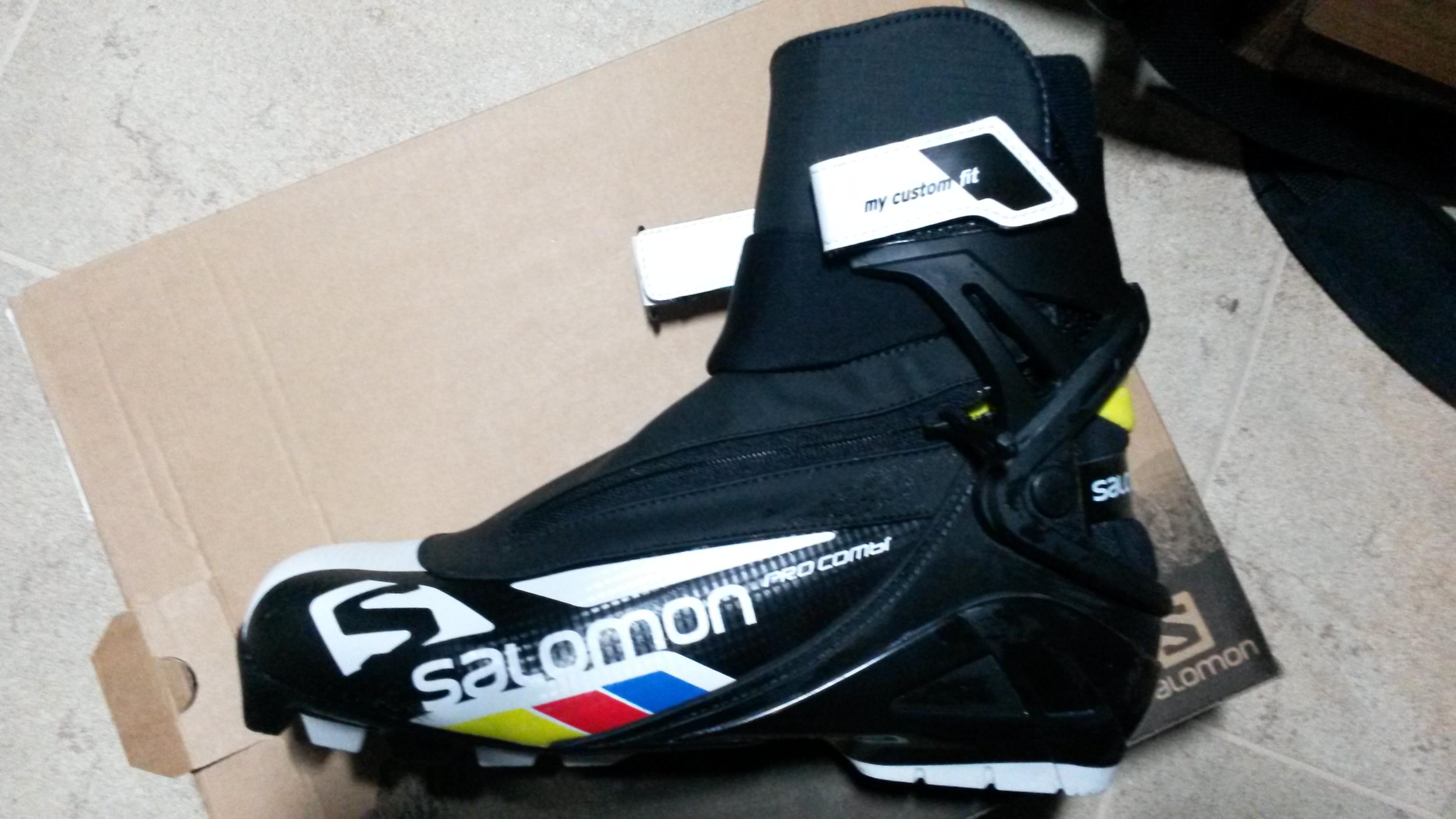 Prodám Boty běžecká obuv - Salomon pro kombi pilot vel. 8.5UK ... 2c2e06f3ec