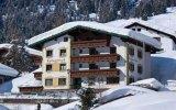 Hotel Felsenhof, Lech
